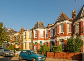 Thumbnail 2 bed flat to rent in Pemberton Road, Harringay, London