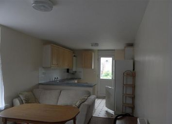 Thumbnail 2 bedroom flat to rent in Albert Road, Southsea