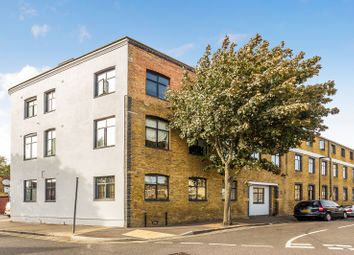 Thumbnail 1 bed flat to rent in Jedburgh Road, London