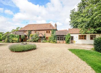 4 bed detached house to rent in The Green, St. Annes Road, London Colney, St.Albans AL2
