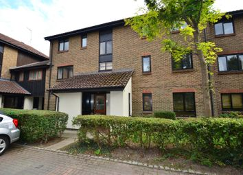Thumbnail 2 bed property for sale in Whitecroft, Horley