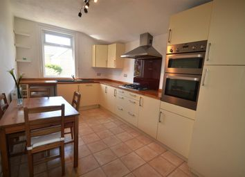 2 bed flat to rent in Haydons Road, London SW19