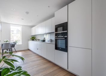 Thumbnail 3 bed flat for sale in Hackney Gardens, London