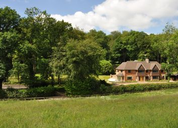 Newnham Hill, Henley-On-Thames, Oxfordshire RG9. 6 bed detached house