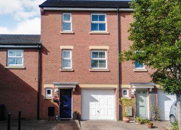 3 bed terraced house for sale in Barley Leaze, Allington, Chippenham SN14