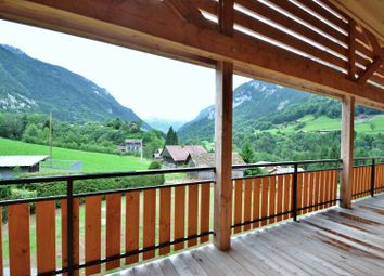 Thumbnail Apartment for sale in Le Petit-Bornand-Les-Glières, Le Petit-Bornand-Les-Glières, Bonneville, Haute-Savoie, Rhône-Alpes, France