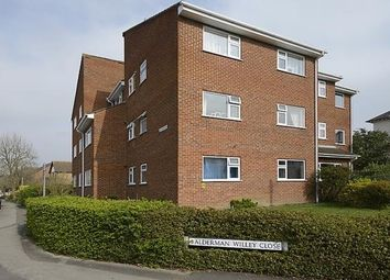 Thumbnail 1 bed flat to rent in Olivia Court, Wokingham, Berkshire
