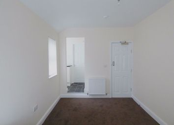 Thumbnail Room to rent in Room 3, Royal Avenue