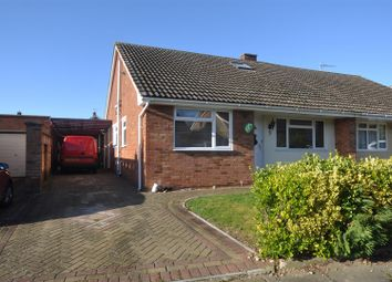 Thumbnail 3 bed property for sale in Roundwood Close, Hitchin