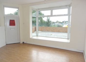 Thumbnail 2 bedroom flat to rent in Clough Road, Hull