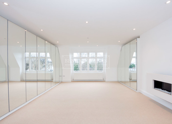 Thumbnail 3 bed flat to rent in Hall Road, St John's Wood