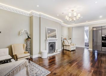 Thumbnail 3 bedroom flat to rent in Trebovir Road, London