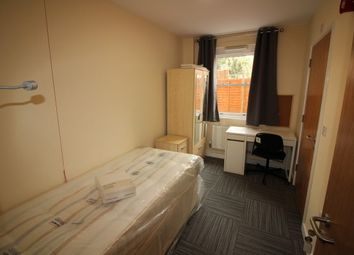 Thumbnail 4 bed flat to rent in Moss Street, Leamington Spa