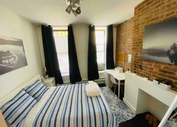 Thumbnail Room to rent in New Goulston Street, London