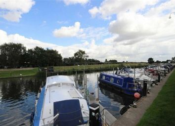 Thumbnail 2 bed town house for sale in Lock Row, Torksey Lock, Lincolnshire