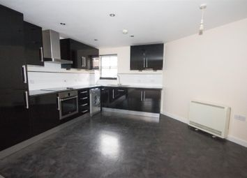 Thumbnail 3 bed flat to rent in Pine Street, Aylesbury