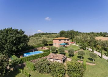 Thumbnail 3 bed country house for sale in Tcr-066 Bellagio, Marciano Della Chiana, Arezzo, Tuscany, Italy