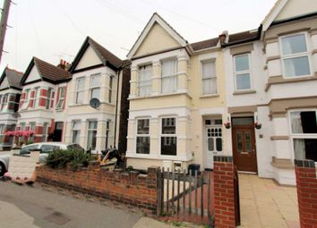 2 bed flat to rent in Albion Road, Westcliff-On-Sea SS0