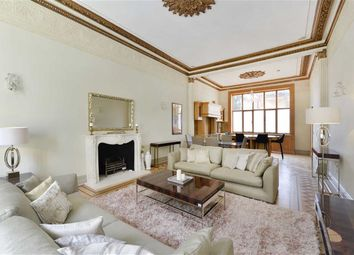 Thumbnail 4 bed flat to rent in Pembridge Gardens, Notting Hill, Hyde Park, London
