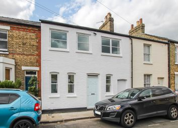 Thumbnail 4 bed terraced house for sale in Glisson Road, Cambridge