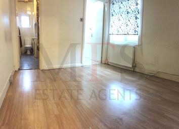 Thumbnail 3 bed flat to rent in Southall, 4Eq
