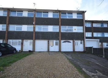 Thumbnail 3 bedroom town house to rent in Swasedale Road, Luton
