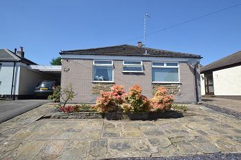 Thumbnail 2 bed detached bungalow to rent in Kenilworth Road, Macclesfield, Cheshire