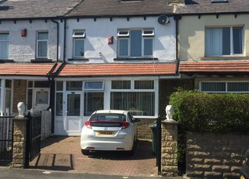 3 bed town house for sale in Grenfell Drive, Bradford BD3