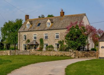 Thumbnail 6 bed farmhouse for sale in Baulking, Faringdon
