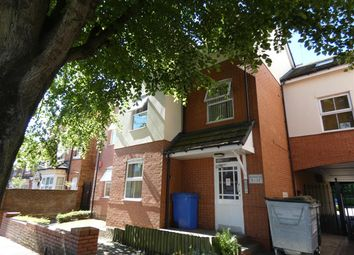 2 bed flat to rent in Great Western Court, The Avenue, Acocks Green, Birmingham B27