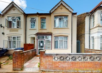 West End Road, Middlesex UB1. 2 bed flat