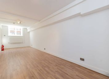 4 bed property to rent in Hawgood Street, Bow, London E3