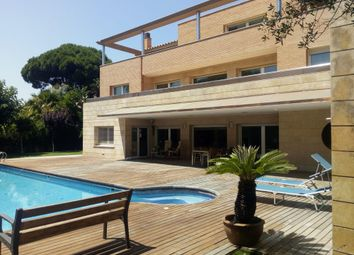 Thumbnail 8 bed chalet for sale in Calle 20, Castelldefels, Barcelona, Catalonia, Spain