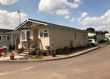 Thumbnail 2 bed mobile/park home for sale in Danesbury Park, North Ride, Welwyn