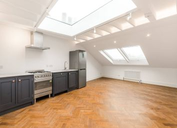 Thumbnail 2 bedroom flat for sale in Rendlesham Road, Clapton