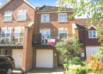 4 bed town house for sale in Deers Leap, Haywards Heath RH16