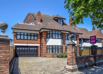 Chalkwell Avenue, Westcliff-On-Sea, Essex SS0. 6 bed detached house for sale