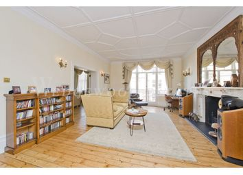 Thumbnail Flat to rent in Oakwood Court, Abbotsbury Road, Kensington, London