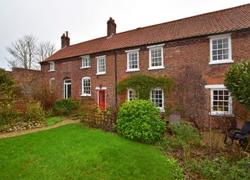 Thumbnail 3 bed cottage for sale in Hall Park Road, Hunmanby, Filey