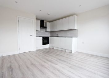 Thumbnail 1 bed flat for sale in Linkway, London, Haringay