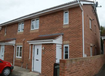 Thumbnail 1 bed flat to rent in Millers Croft, Castleford