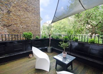 Thumbnail 1 bed flat to rent in Oxford Gardens, North Kensington