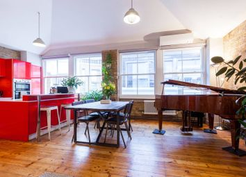 2 bed maisonette to rent in Charlotte Road, Shoreditch, London EC2A