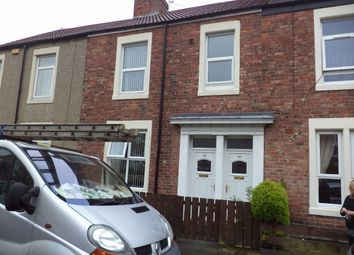 Thumbnail 2 bedroom flat to rent in Middleton Street, Blyth
