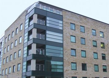 Thumbnail 1 bedroom flat for sale in Stonegate House, Bradford