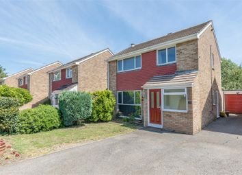 Thumbnail 3 bedroom detached house for sale in Gallys Road, Windsor