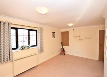 2 bed flat to rent in Windmill View, Wesham, Preston, Lancashire PR4