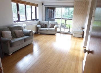 Thumbnail 2 bedroom flat for sale in Westdown Gardens, Whipsnade Road, Dunstable