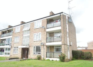 Thumbnail 1 bed flat to rent in Maryside, Langley, Slough