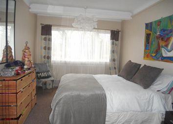 Thumbnail 2 bed maisonette for sale in Bushwood, London